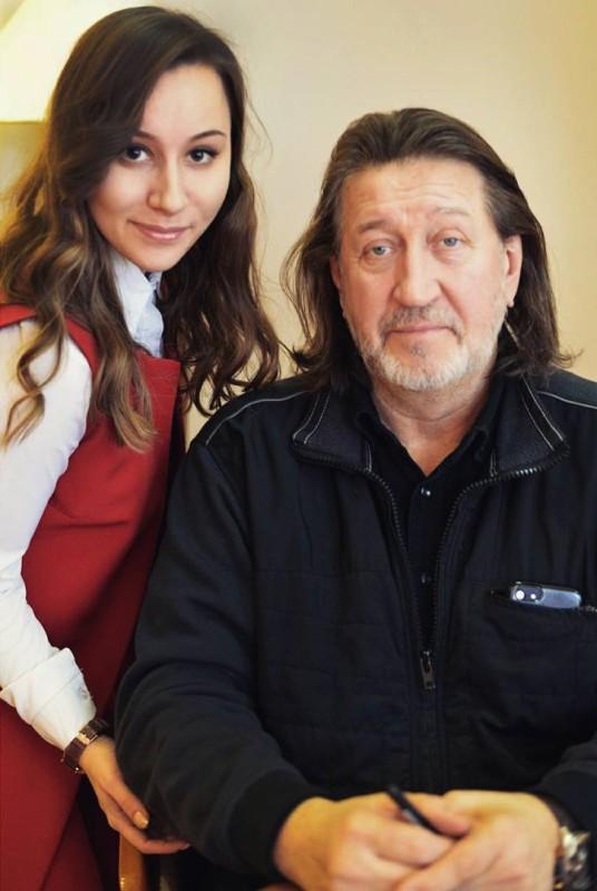 С Анной Елисеевой