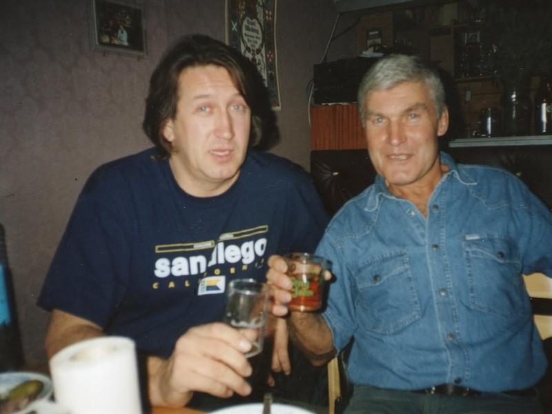 С Владимиром Батаниным. г. Новосибирск 1999 г.