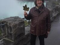У Ниагарского водопада