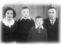 Лидия Яковлевна, Слава, Олег, Григорий Степанович Митяевы