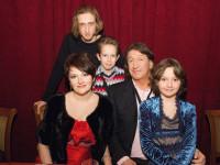 С семьёй в ЦДЛ 19 февраля...