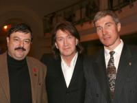 С космонавтами Мусой Манаровым и Сергеем Крикалёвым