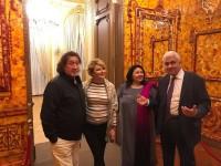 Франция. Янтарный кабинет в Резиденции Посла РФ