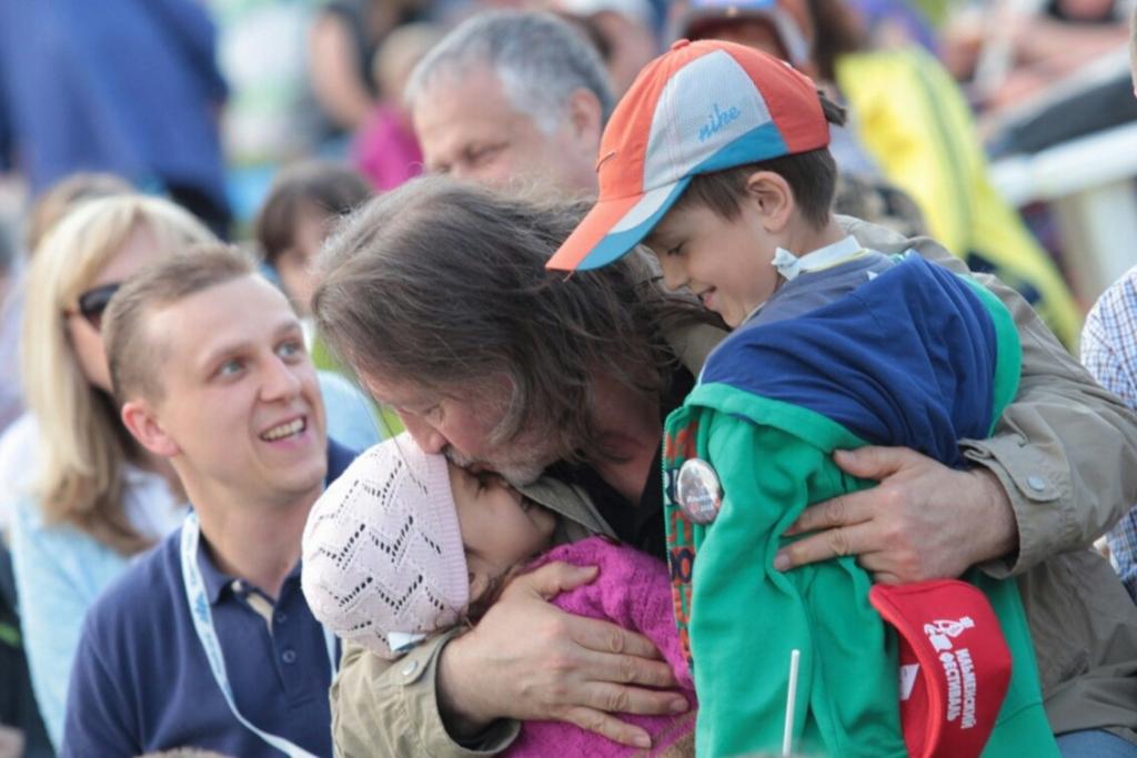 С внуками. XL Ильменский фестиваль. 11.06.16